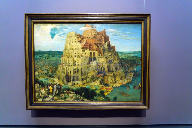 A torre de Babel 1563 por Pieter Brueghel a pessoa idosa em Kunsth imagens de stock royalty free
