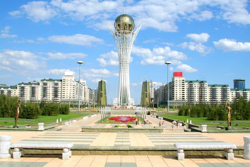 Torre de Bayterek em Astana foto de stock royalty free