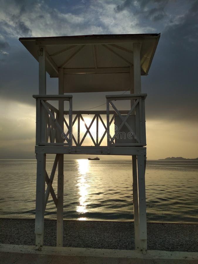 Torre de Baywatch en Grecia foto de archivo