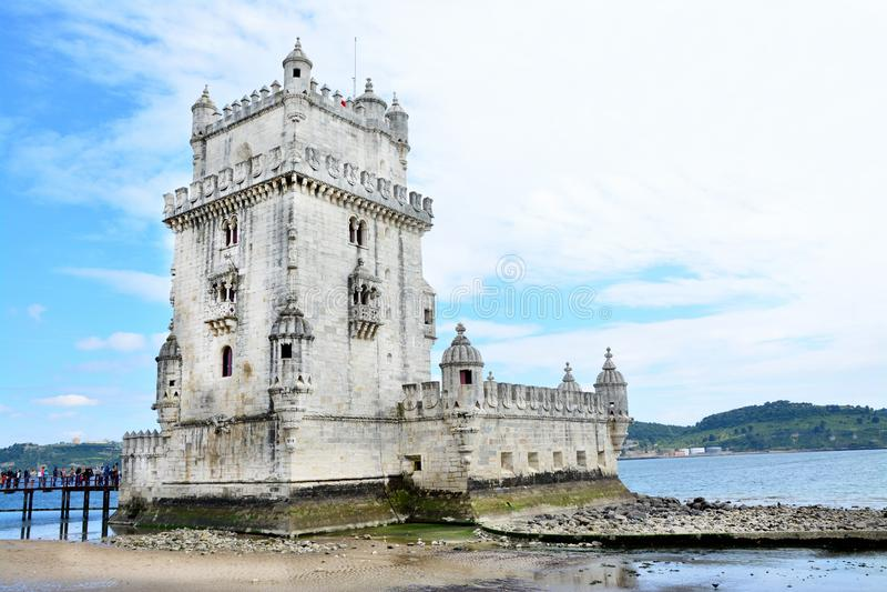 Torre de Belem - el río Tagus lisboa imagen de archivo