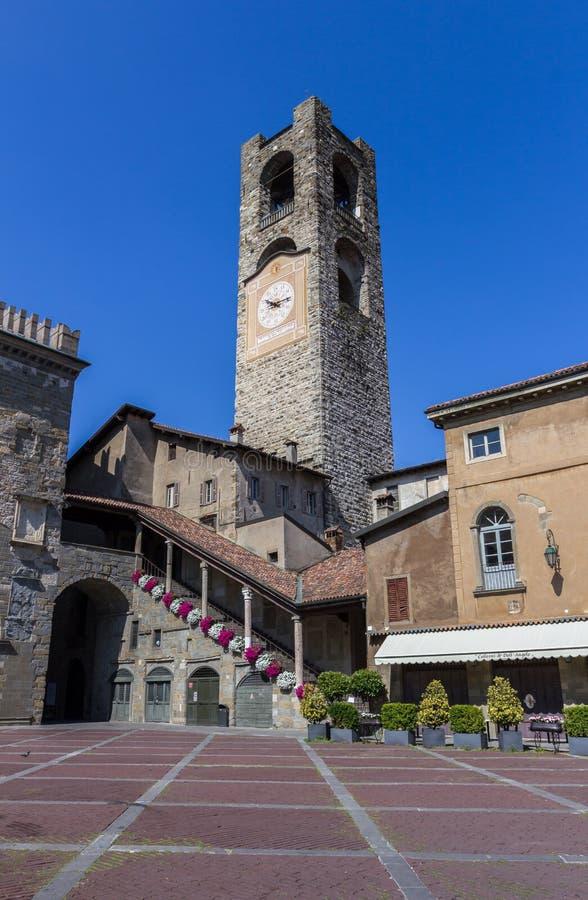 Torre de Bell em Bergamo, Itália imagens de stock