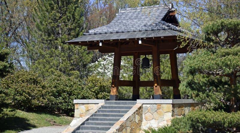 Torre de Bell japonesa do jardim de Sasebo foto de stock royalty free