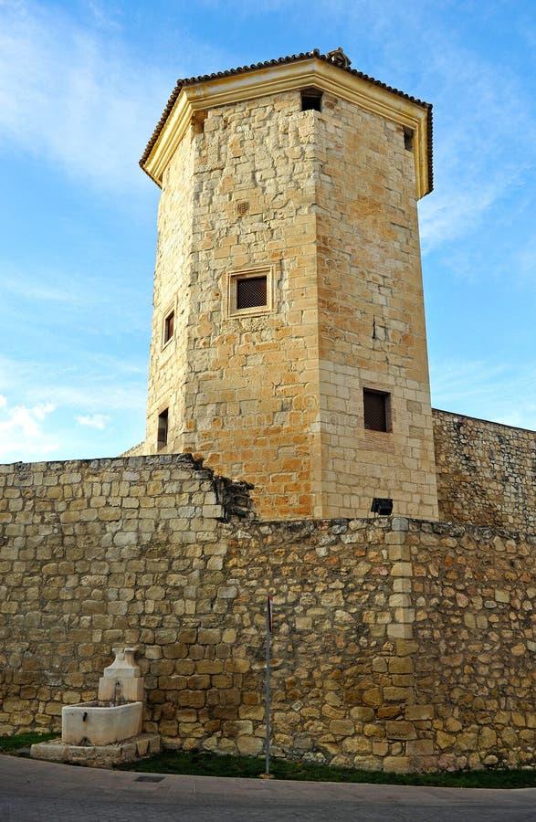 Torre de Boabdil província em Lucena, Córdova, a Andaluzia, Espanha imagem de stock royalty free