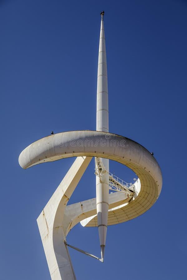Torre De Calatrava i Olimpic parkerar i Barcelona arkivfoto