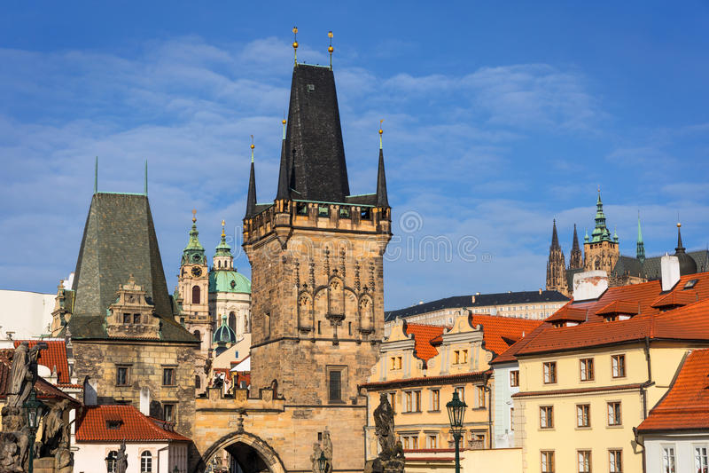Torre de Charles Bridge Karluv Most, Praga fotos de archivo libres de regalías