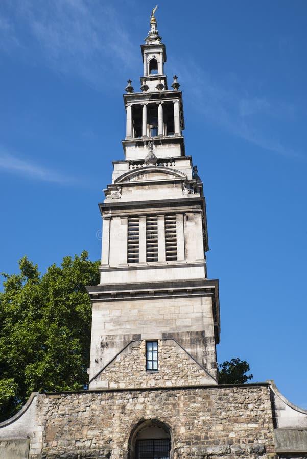 Torre de Christchurch Greyfriars en Londres imágenes de archivo libres de regalías