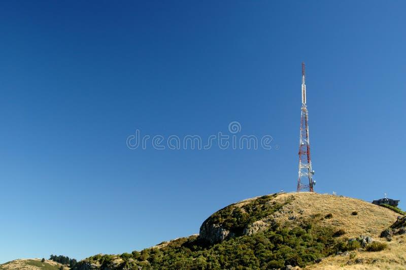Torre de comunicaciones foto de archivo libre de regalías