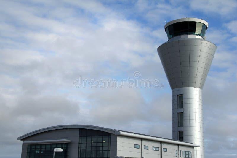 Torre de controlo do aeroporto imagens de stock
