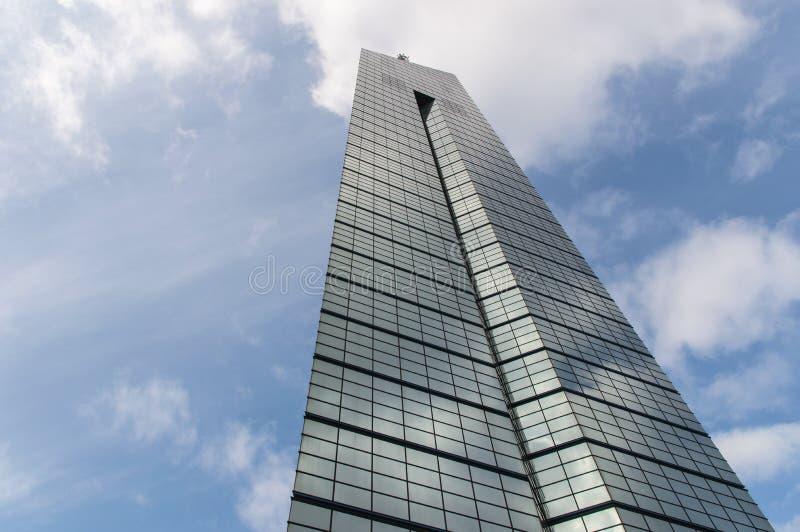 Torre de Fukuoka em Japão imagens de stock royalty free