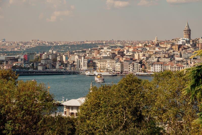 Torre de Galata das épocas antigas em Istambul fotografia de stock royalty free