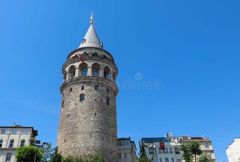 A torre de Galata em Istambul, Turquia Ponte de Galata, Karakoy dis fotografia de stock
