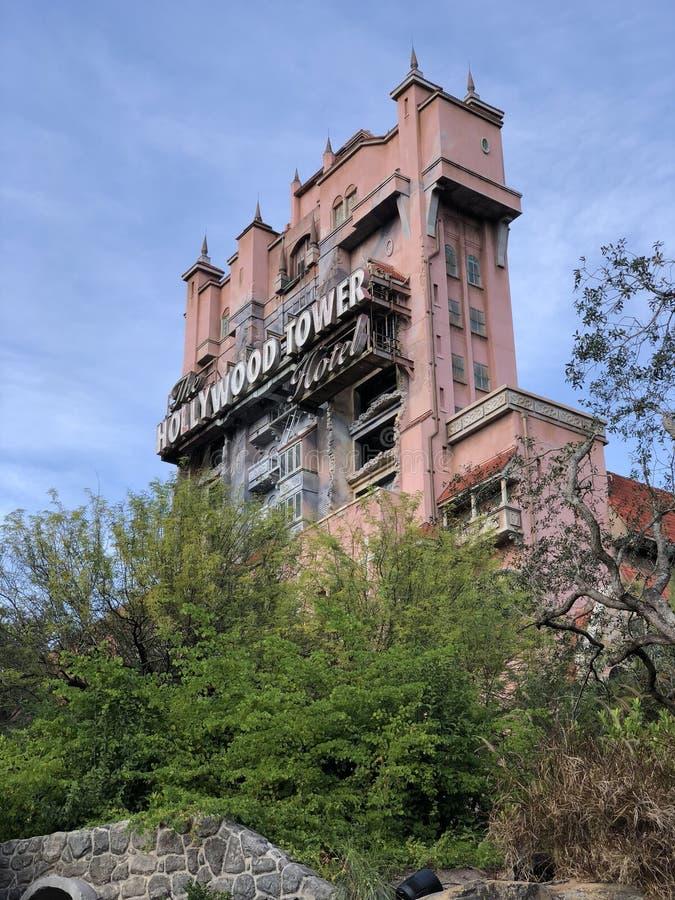 Torre de Hollywood de Disney del terror en los estudios de Hollywood de Disney imágenes de archivo libres de regalías