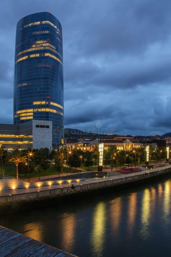 Torre de Iberdrola - Bilbao - España fotos de archivo