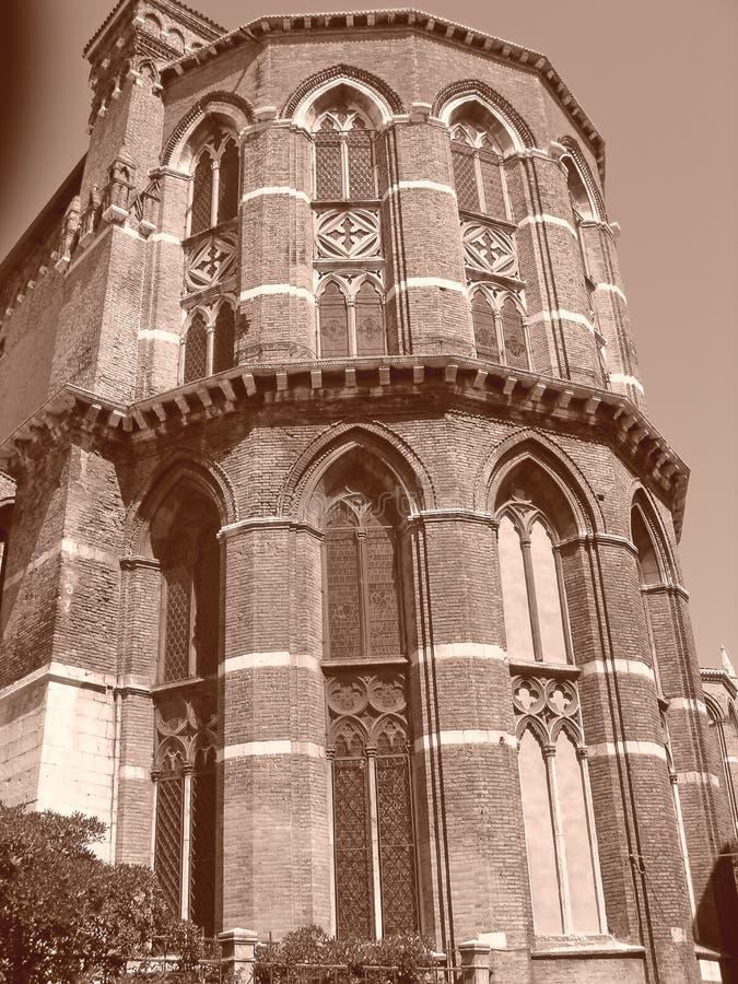 Torre de iglesia italiana foto de archivo