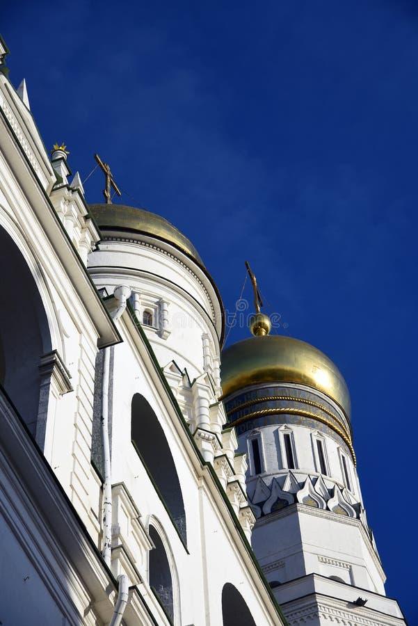 Torre de Ivan Great Bell do Kremlin de Moscou Local do património mundial do Unesco imagem de stock