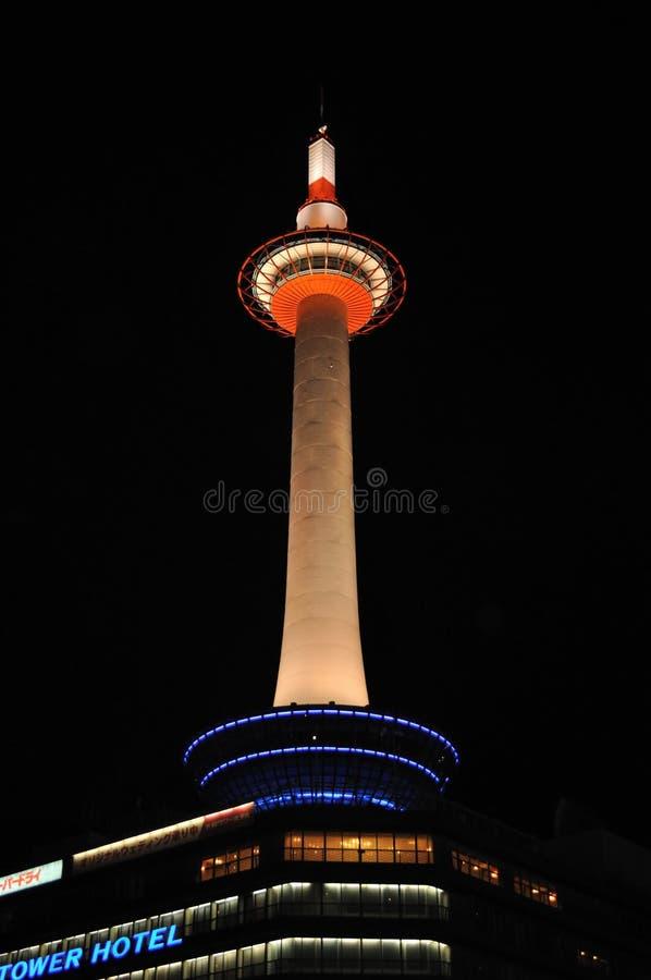 Torre de Kyoto en la noche fotografía de archivo libre de regalías