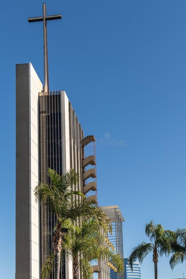 Torre de la esperanza en la catedral de Cristo en la arboleda del jardín, California imagen de archivo