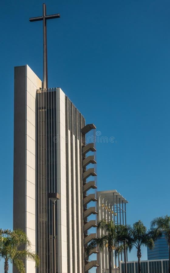Torre de la esperanza en la catedral de Cristo en la arboleda del jardín, California fotos de archivo