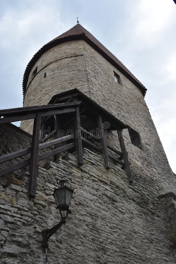 Torre de la fortaleza tallinn fotos de archivo