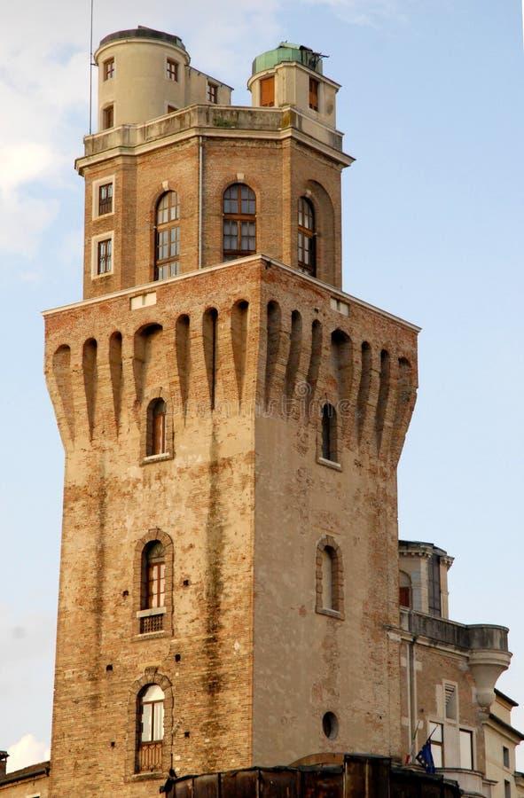 Torre de la torre del observatorio o el diablo en Padua fotografía de archivo
