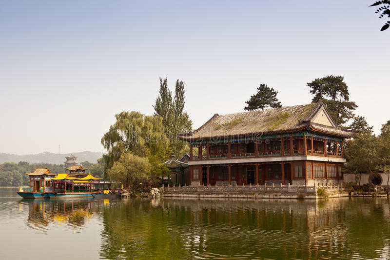 Torre de madeira chinesa imagens de stock