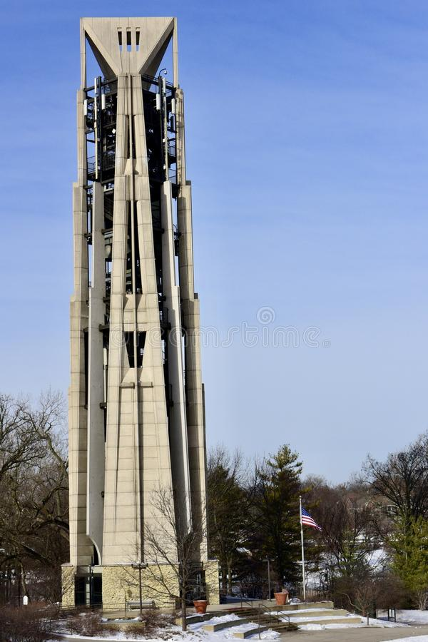 Torre de Moser y carillón del milenio fotos de archivo