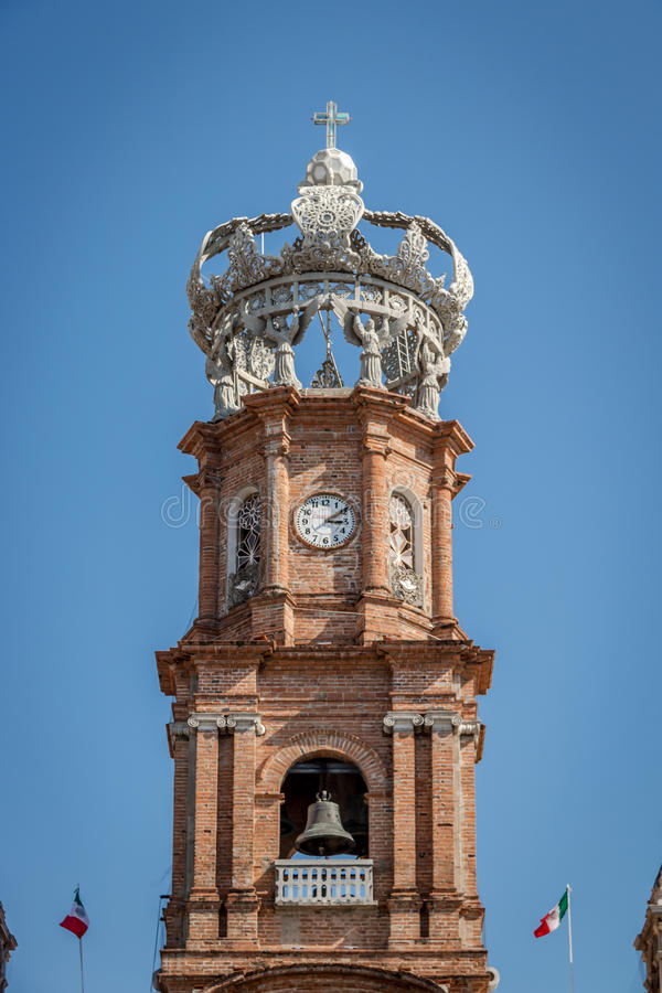 Torre de nuestra señora de la iglesia de Guadalupe - Puerto Vallarta, Jalisco, México foto de archivo libre de regalías