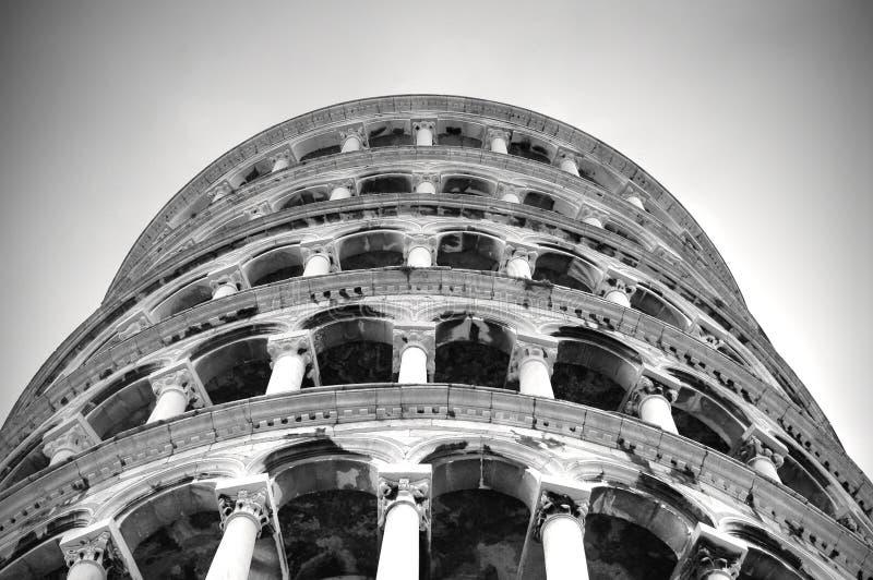 Torre de Pisa contra el salto imagen de archivo