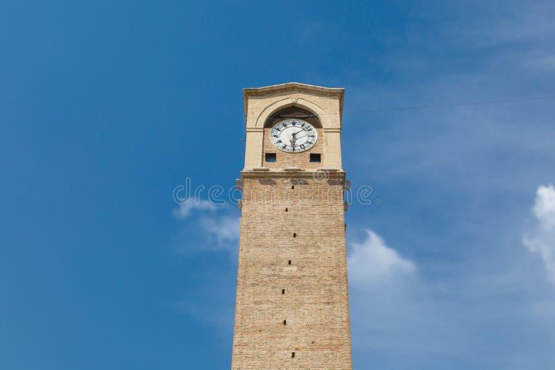 Torre de pulso de disparo de Adana fotos de stock