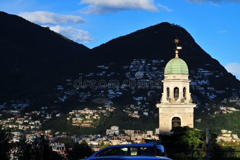 Torre de pulso de disparo de Lugano foto de stock royalty free