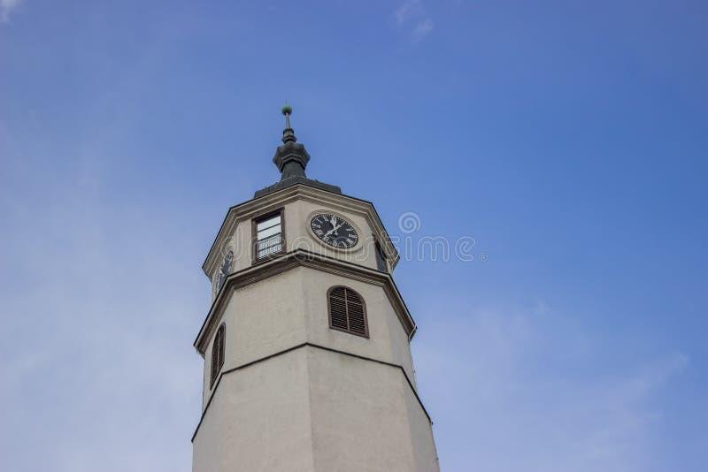 Torre de pulso de disparo que simboliza o poder 2 da ereção foto de stock