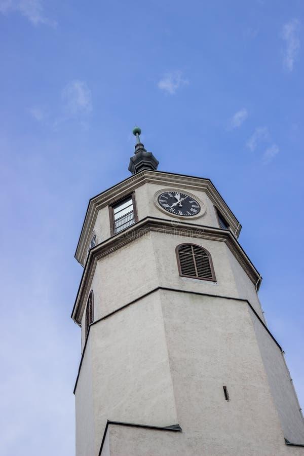 Torre de pulso de disparo que simboliza o poder da ereção imagens de stock royalty free