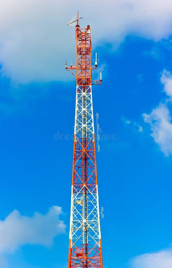 Torre de rádio fotografia de stock royalty free