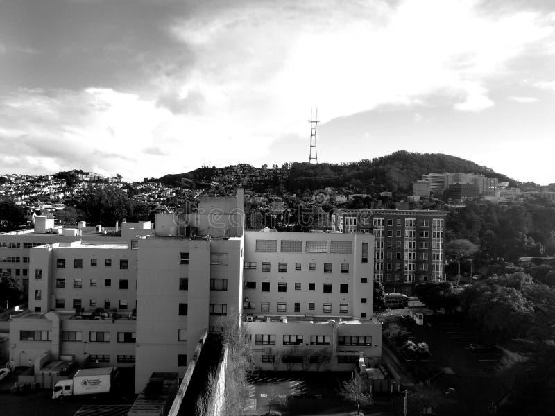 Torre de radio de SF imágenes de archivo libres de regalías