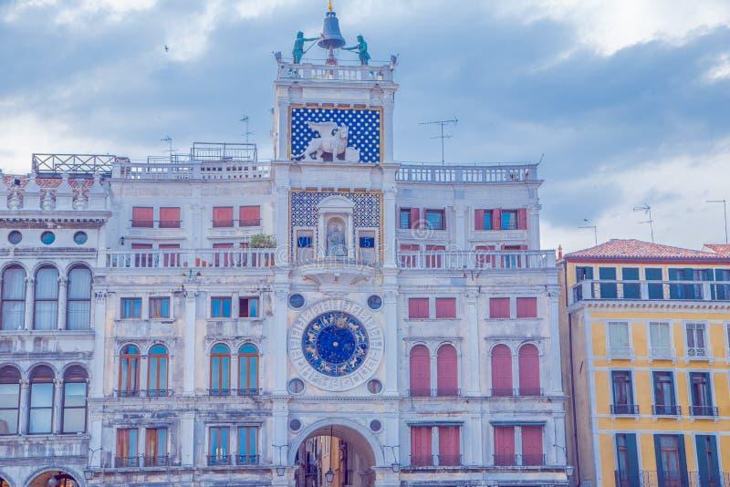 A torre de relógio de St. Mark em Veneza fotos de stock royalty free