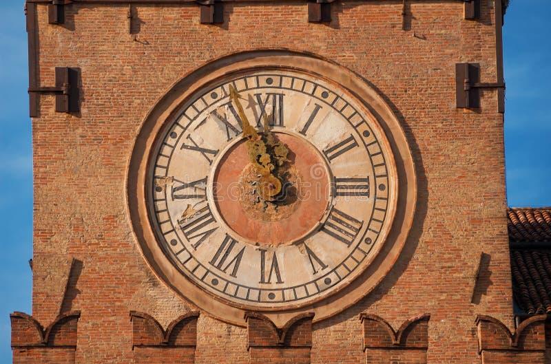 Torre de reloj de Bolonia imagenes de archivo