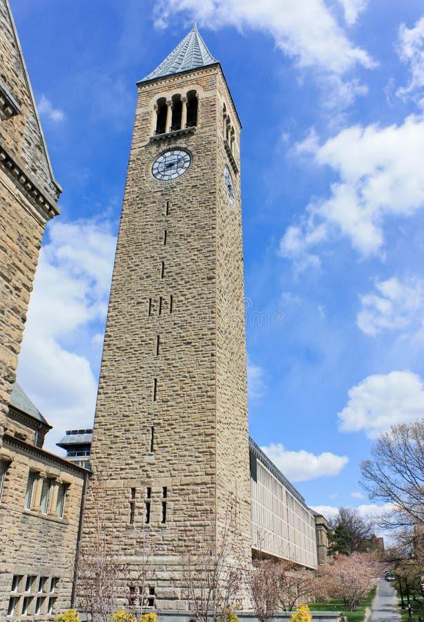 Torre de reloj de la Universidad Cornell imágenes de archivo libres de regalías