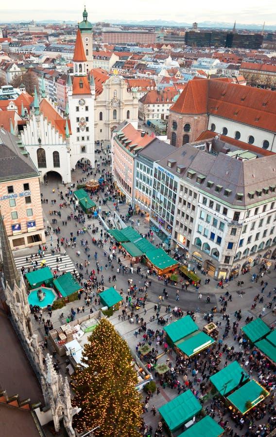 Torre de reloj del zodiaco, Munich, Alemania fotografía de archivo