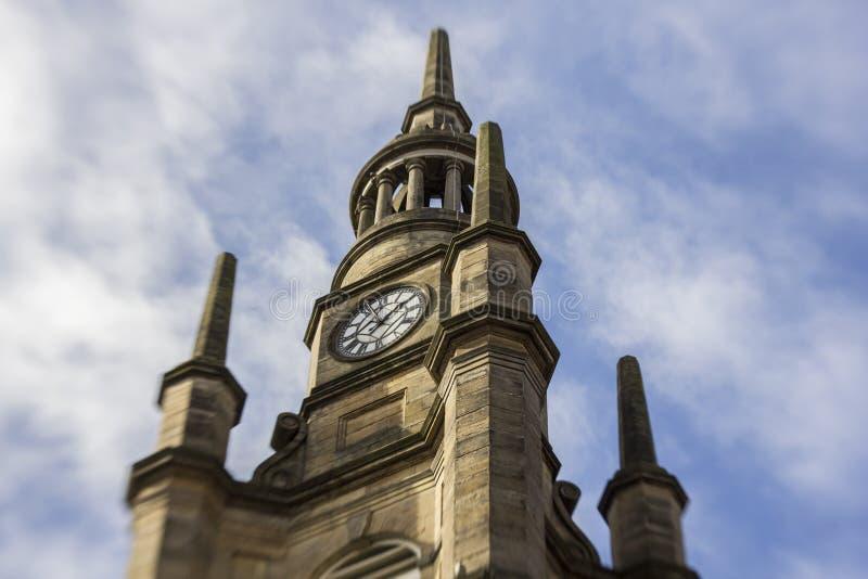 Torre de reloj en la ciudad de Glasgow imagen de archivo