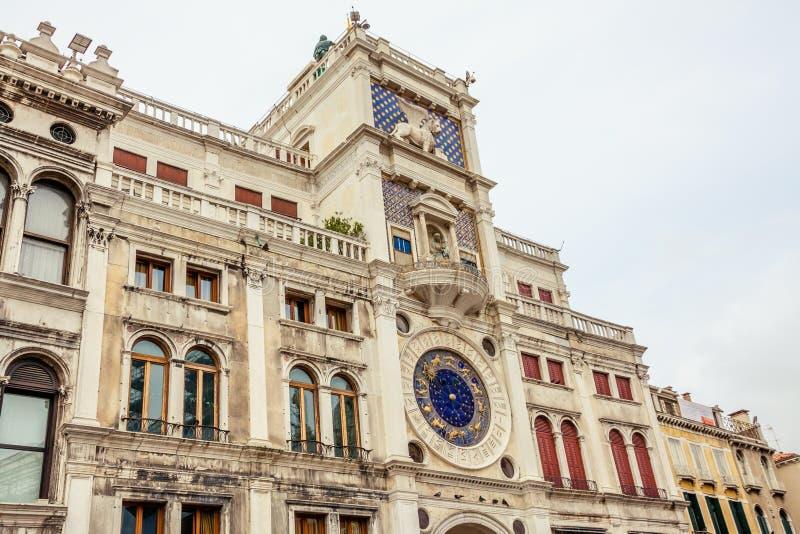 Torre de reloj en Venecia imagen de archivo libre de regalías