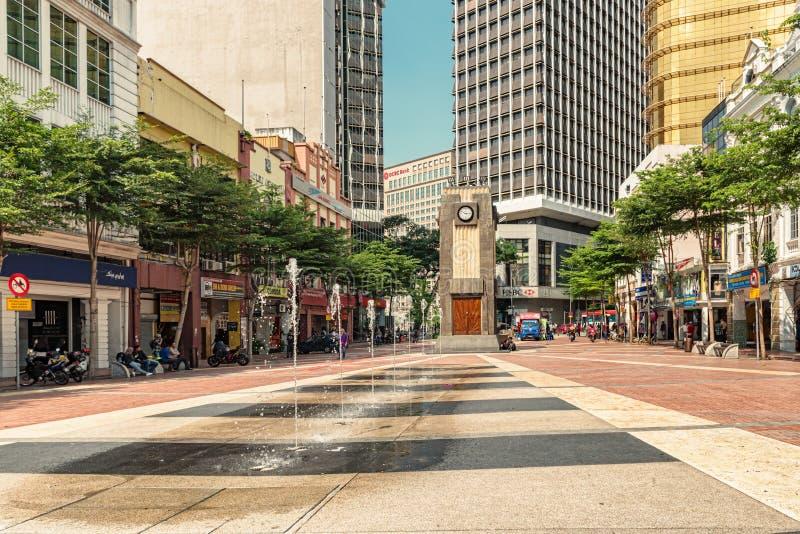 Torre de reloj vieja de la plaza del mercado en Kuala Lumpur, Malasia fotografía de archivo libre de regalías