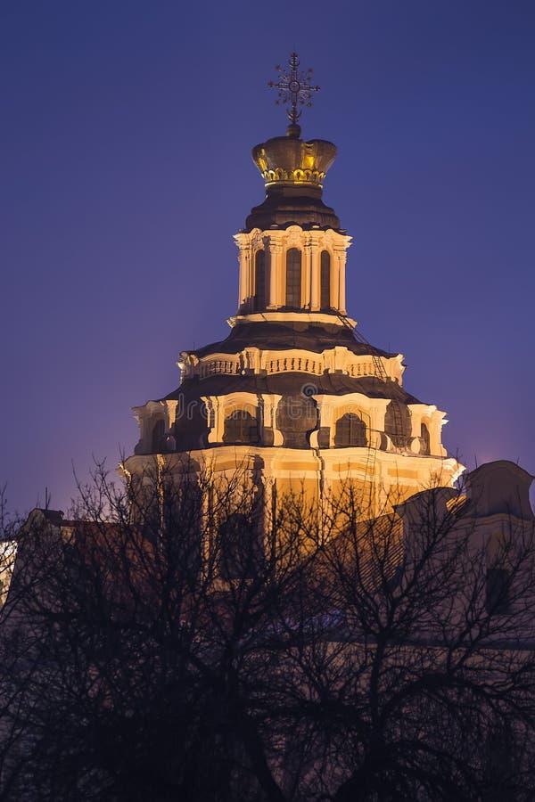 A torre de Saint Kazimieras é uma igreja em Vilnius, Lithuania imagens de stock royalty free