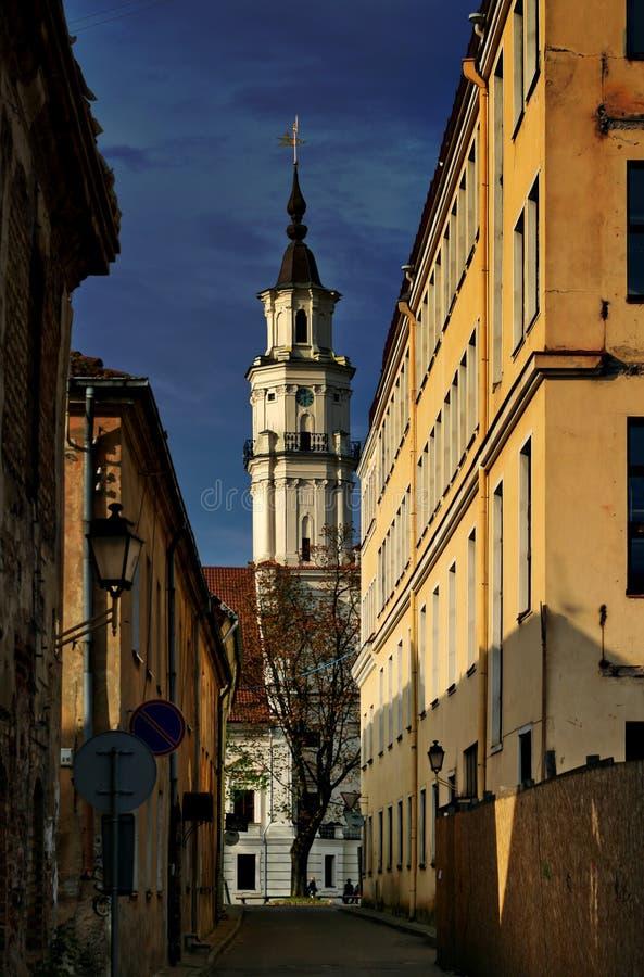 A torre de salão de cidade em Kaunas, Lithuania fotografia de stock royalty free