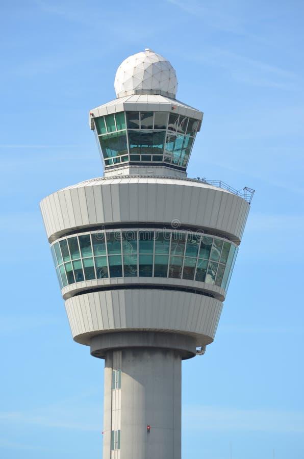 Torre de Schiphol do aeroporto de Amsterdão imagem de stock