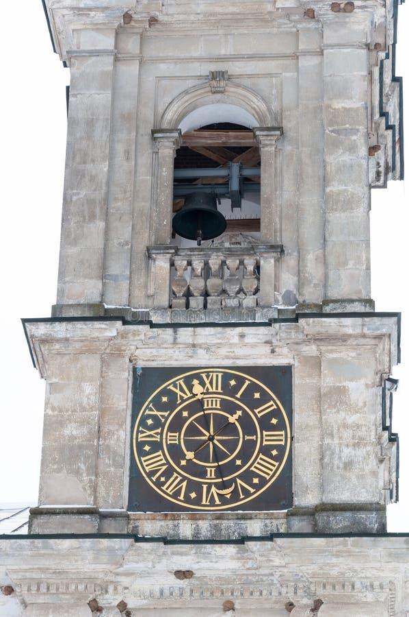 Torre de sino da igreja com pulso de disparo imagem de stock