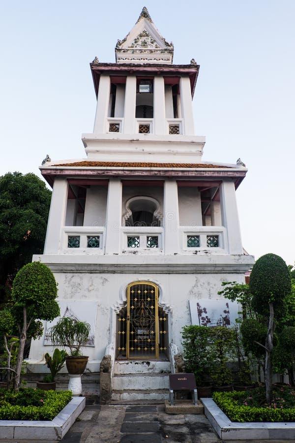 A torre de sino no templo imagens de stock