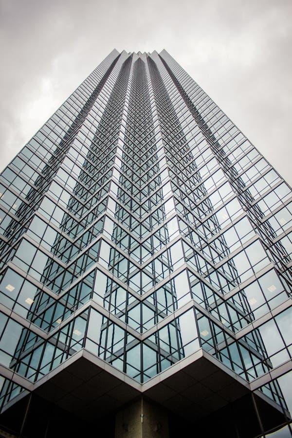 Torre de Skyraising foto de archivo