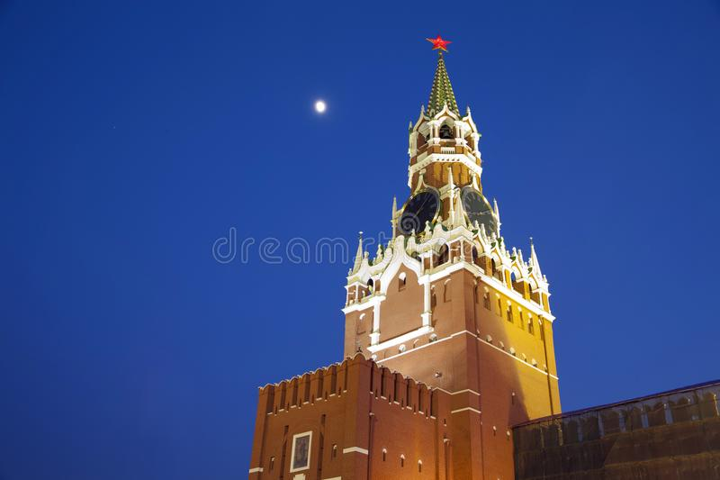 A torre de Spasskaya do Kremlin imagem de stock