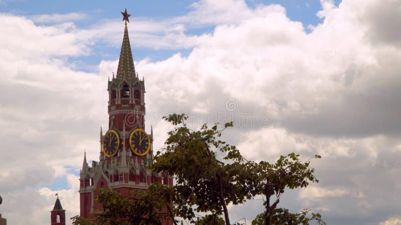 Torre de Spasskaya no Kremlin imagens de stock