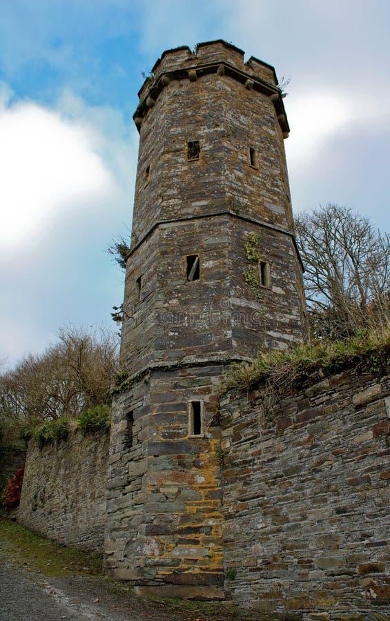 Torre de um castelo velho fotos de stock